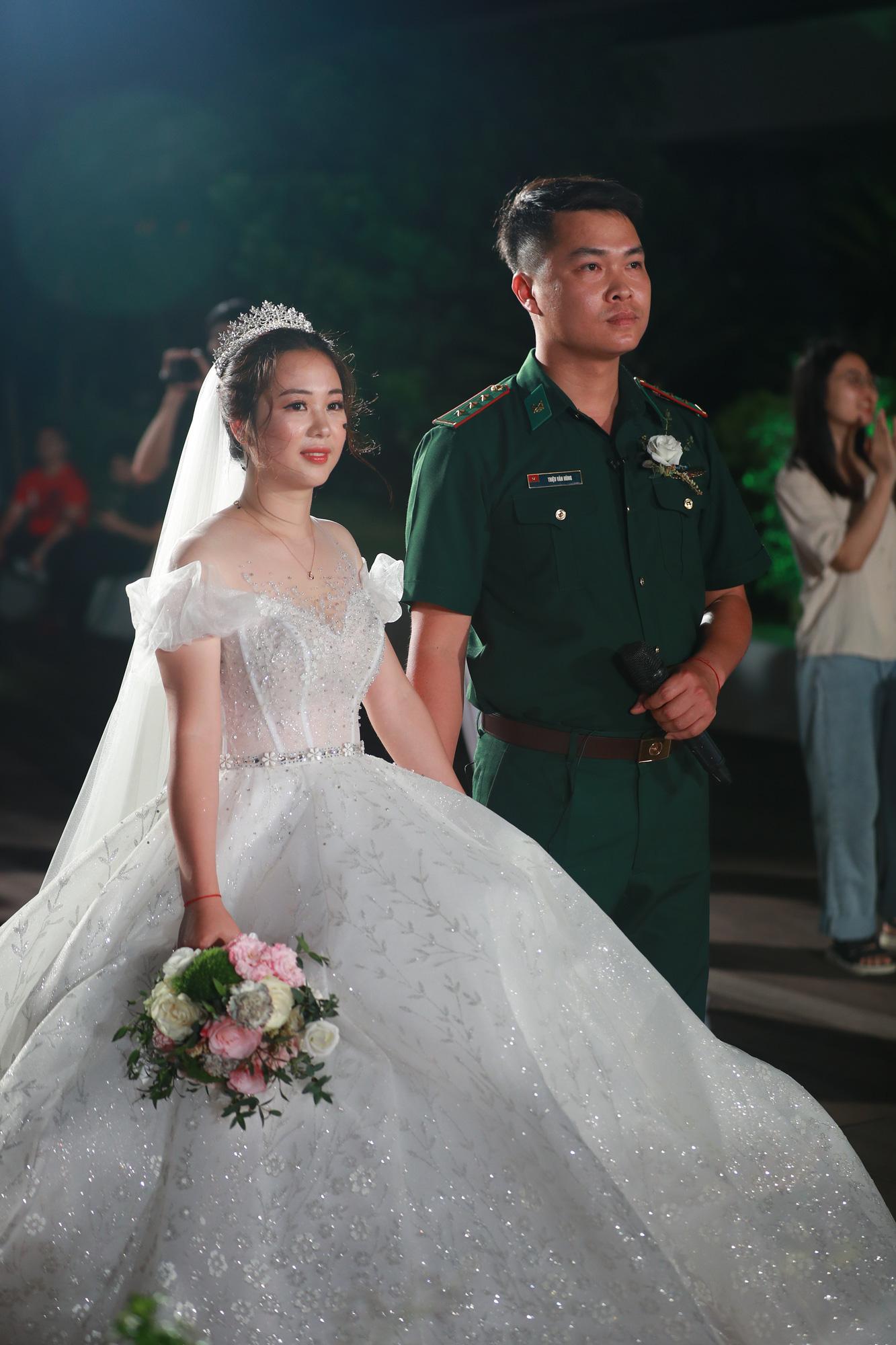 Điều ước thứ 7: Đám cưới đặc biệt của người chiến sĩ giữa mùa dịch COVID-19 - Ảnh 7.