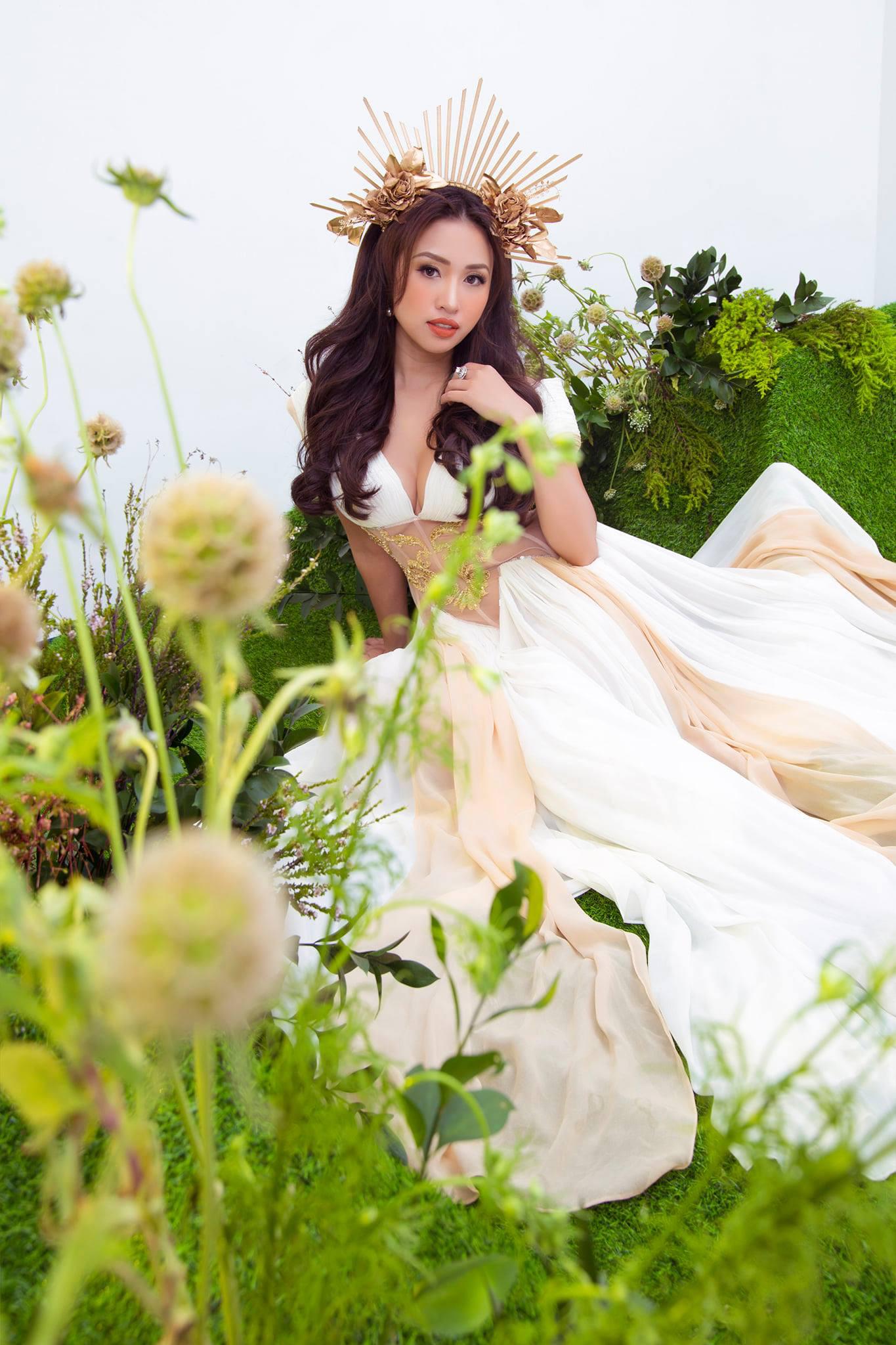 MC Thanh Vân Hugo hóa nữ thần quyến rũ bên bạn trai - Ảnh 6.