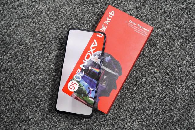 Những smartphone có tiền cũng khó mua ở Việt Nam - Ảnh 4.