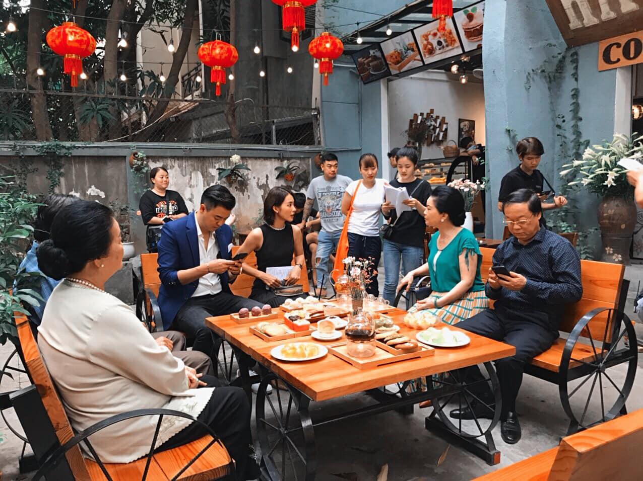 MC Tuấn Tú trở lại với phim mới, làm tình địch của Thanh Sơn? - Ảnh 7.