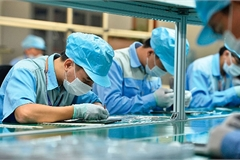 VN enterprises hurt by COVID-19 proposed five months tax payment leniency