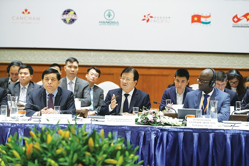 working groups thrash out solutions for economic growth