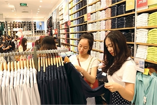 Japanese fashion giants see new frontier in Vietnam