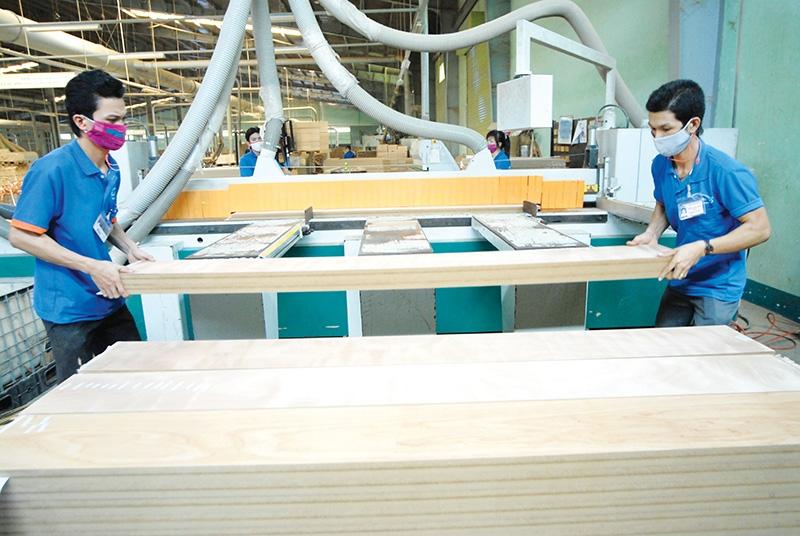 1526 p16 strategic market identification sought for stronger wood trade