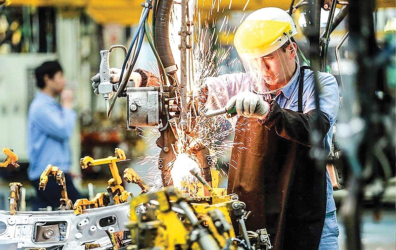 auto sector braces for prolonged production upheaval
