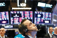 Markets tense up for  prolonged uncertainty