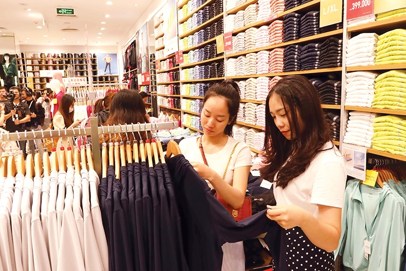 1533 p13 harsh reality sets in for fashion retail brands