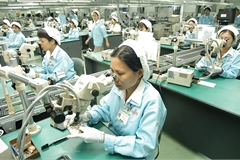 Maintaining business stability a top task for foreign investors