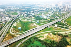 Crunch time for expressway PPPs in Vietnam