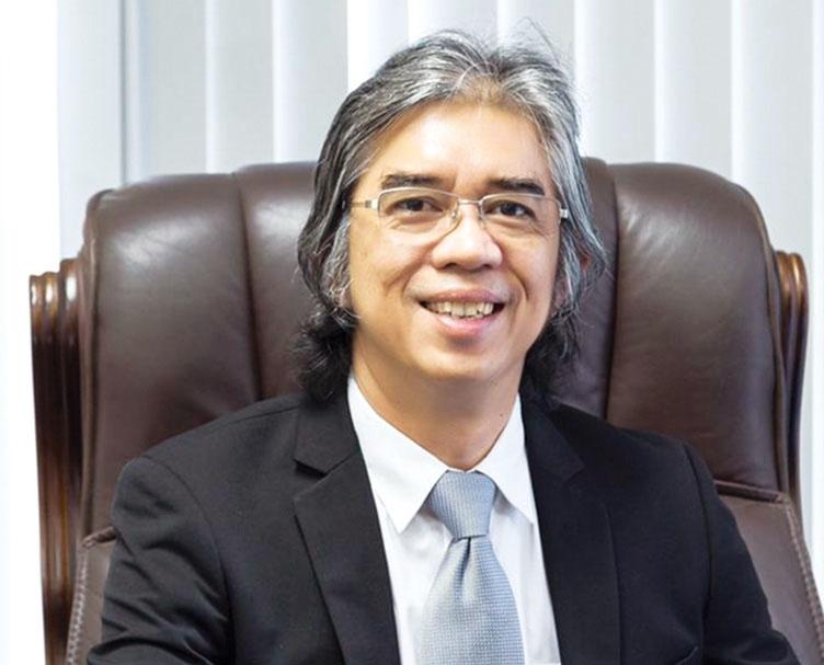 1503p8 singaporean business surges ahead