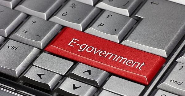 1506p18 e governance approaches critical mass