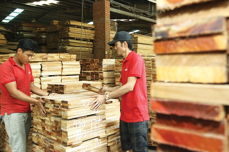 1507p18 vietnams plywood suppliers under scrutiny over practices