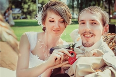 Cô gái vượt 3.000km cưới chồng teo cơ, có cuộc sống viên mãn