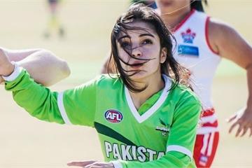 Nữ cầu thủ Pakistan từng bị dọa giết nếu tiếp tục đá bóng