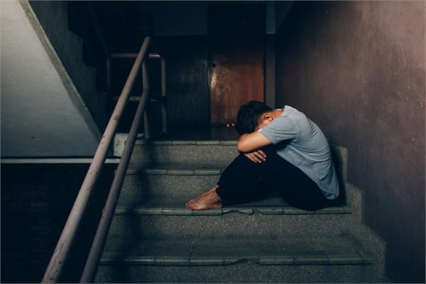 Nam giới chịu khủng hoảng tinh thần trầm trọng