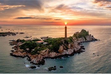 The oldest lighthouse in Vietnam
