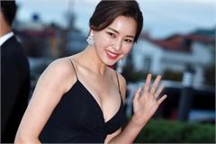 Hoa hậu Honey Lee chia tay bạn trai sau 7 năm hẹn hò