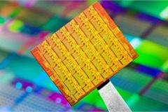Intel vừa đặt dấu chấm hết cho vị thế của công nghệ Mỹ