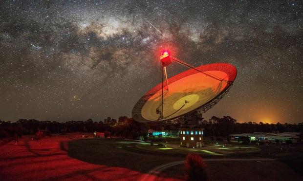 Phát hiện tín hiệu lạ từ ngôi sao gần Hệ Mặt Trời
