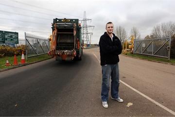 Kỹ sư đòi trả 72 triệu USD để đào bãi rác tìm 7.500 Bitcoin
