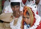 Bé gái 12 tuổi bị ép lấy người đàn ông 45 tuổi, có 3 vợ để trả ơn