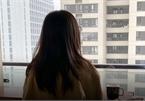 Cuộc sống bị hủy hoại của cô gái trong clip quay lén, bịa đặt