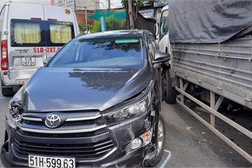 7 ô tô va chạm liên hoàn trên Quốc lộ 1