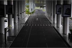Nhà ga T2 sân bay quốc tế Nội Bài vắng lặng