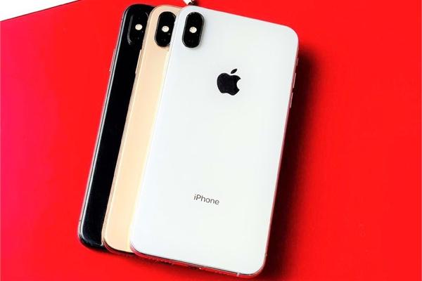 Hàng loạt iPhone chính hãng bị 'khai tử' ở Việt Nam