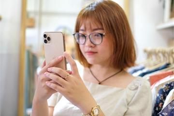 Smartphone cao cấp đời mới giảm giá