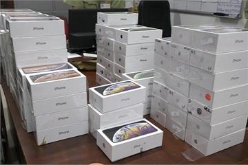 Lô hàng iPhone lậu trị giá 8 tỷ đồng tại Hà Nội