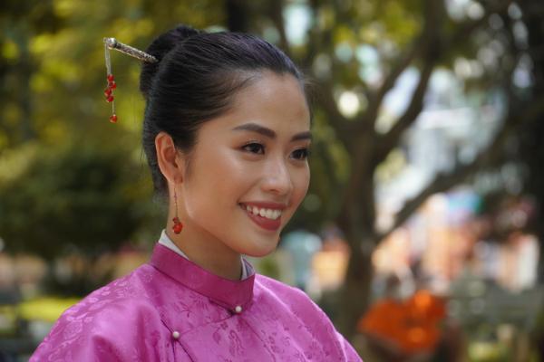 Nữ MC mong lan toả tình yêu nước qua dự án cổ phục Việt