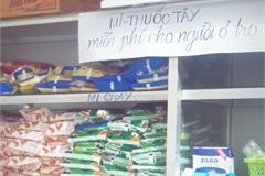Tủ mỳ tôm, thuốc tây miễn phí của chủ nhà cho sinh viên thuê trọ
