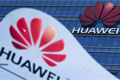 Huawei cuối cùng đã thấm đòn trừng phạt của Mỹ