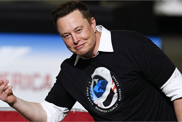 Tỷ phú Elon Musk tiết lộ cách trở thành chuyên gia mọi lĩnh vực