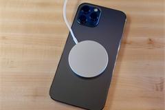 Rủi ro sức khỏe nghiêm trọng khi dùng iPhone 12