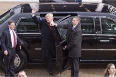 Sẽ thế nào khi ngồi trên xe limousine bọc thép của tổng thống Mỹ?