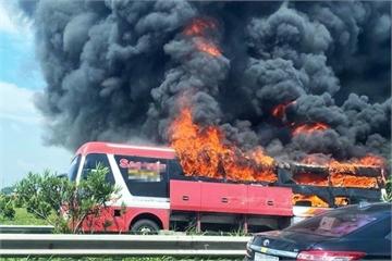 Vì sao xe khách giường nằm liên tục cháy?