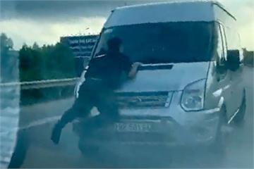 Tông cảnh sát cơ động tử vong, tài xế xe khách đối diện án phạt nào?