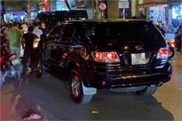 Ô tô Fortuner tông liên hoàn 7 xe ở Hà Nội