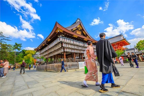 Nhật Bản cho dân tiền đi du lịch
