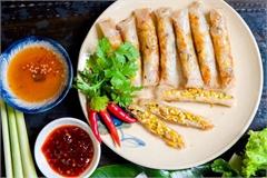 Bữa ăn đậm vị miền Trung hút khách ở TP.HCM