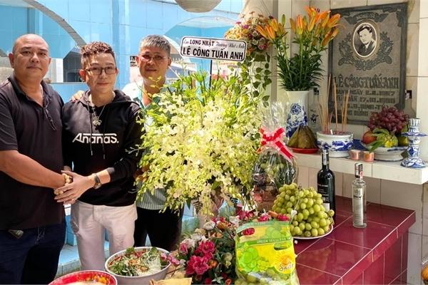 Lê Tuấn Anh, Trịnh Kim Chi viếng mộ Lê Công Tuấn Anh