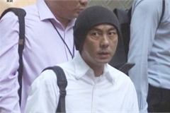 Trương Vệ Kiện bán nhà vì thua lỗ