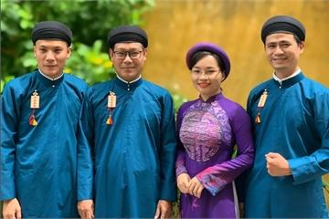'Tôi ủng hộ nam công chức Huế mặc áo dài đi làm'