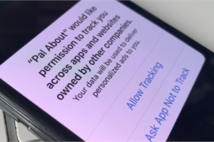 Apple vừa 'đâm nhát dao' vào Google, Facebook
