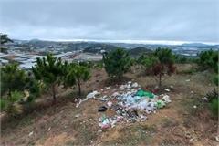 Khách bức xúc chuyện đồi Đa Phú ngập rác