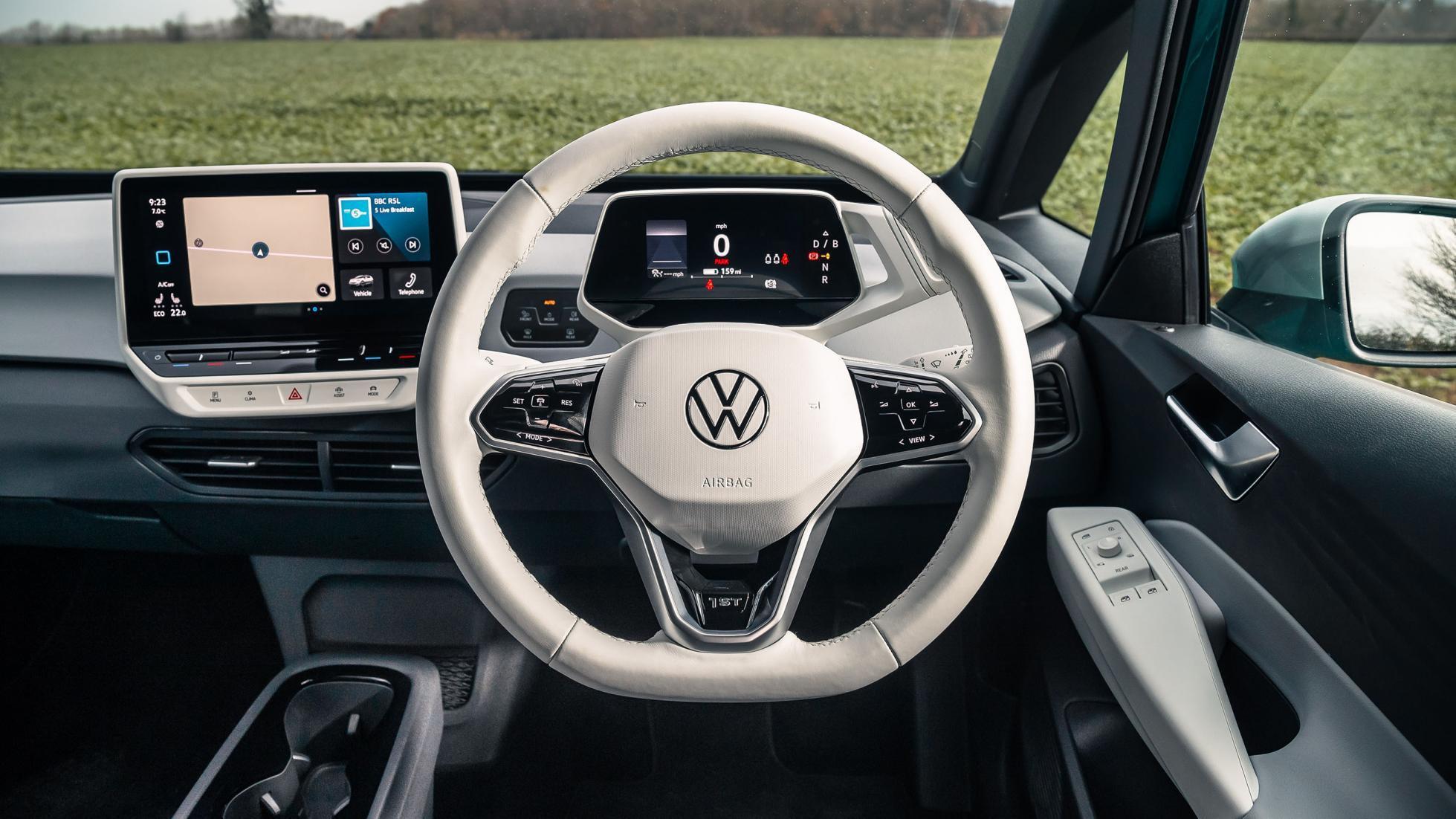 Volkswagen cho thue chuc nang tu lai anh 2
