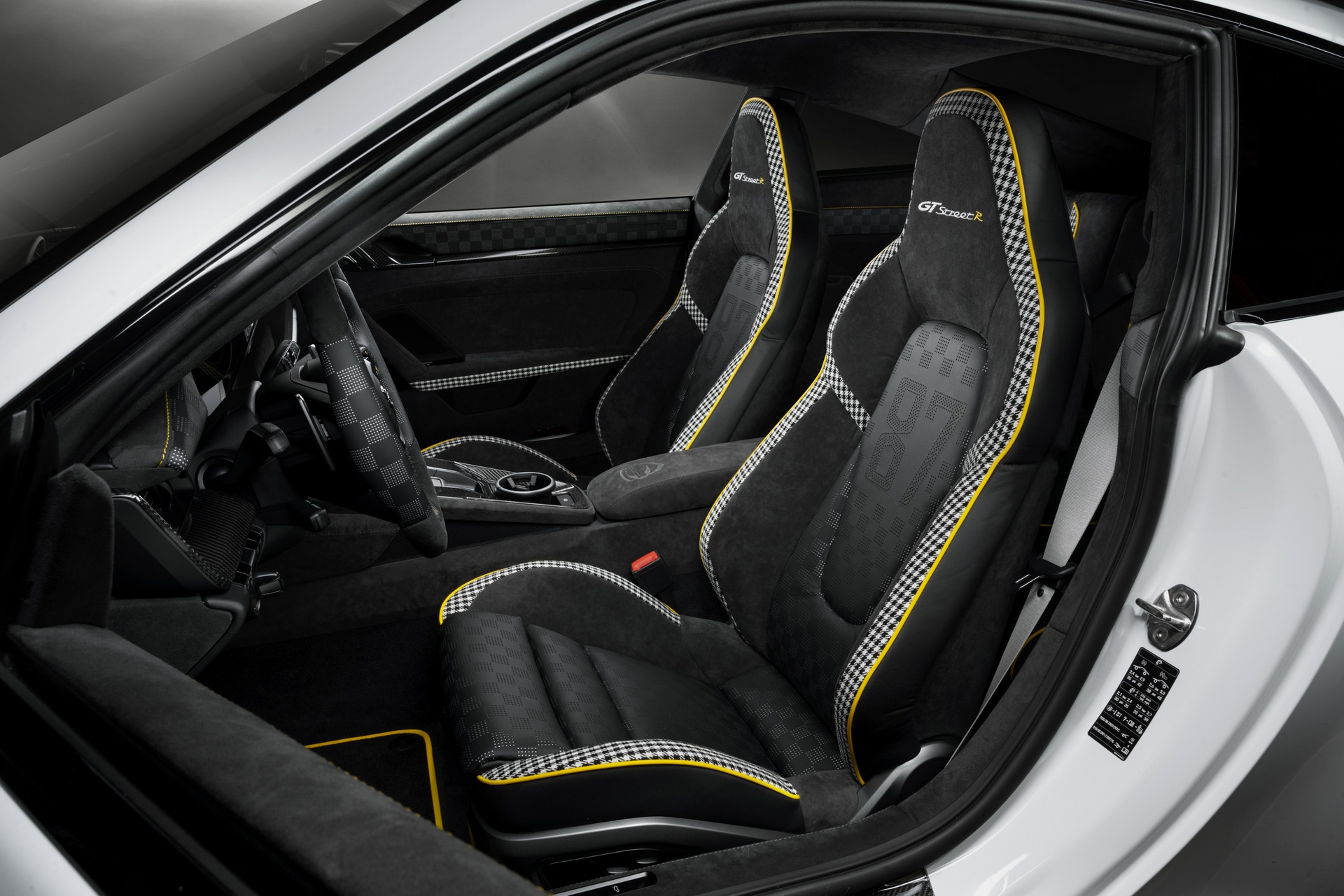 porsche 911 turbo s anh 8