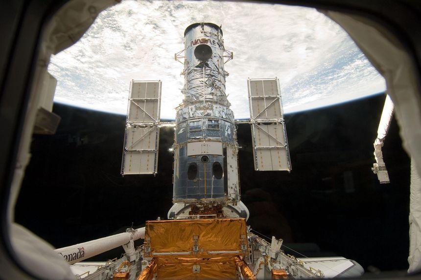Hubble da tro lai anh 1
